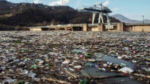 Limbah Plastik Masih Menjadi Masalah Utama Di Kawasan Irlandia Utara